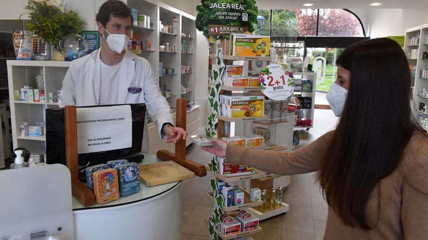 Las farmacias coruñesas colaborarán con el Sergas en un cribado entre adolescentes de 12 a 17 años