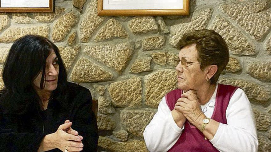 La atención a domicilio permite al mayor permanecer en su entorno familiar