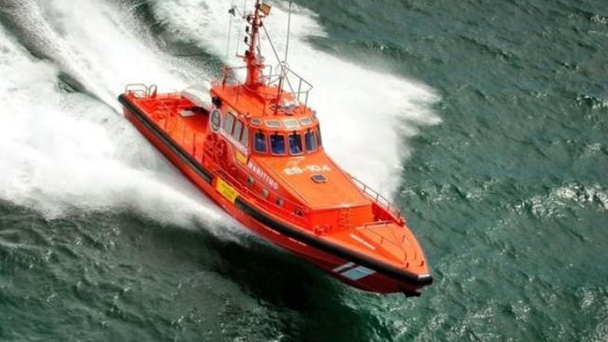 Tres nuevas pateras elevan a 459 los rescatados en Canarias este lunes
