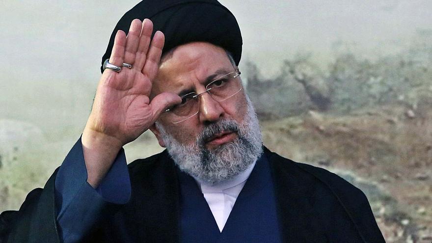 L'ultraconservador Raisi guanya les eleccions a l'Iran amb el 61% dels vots