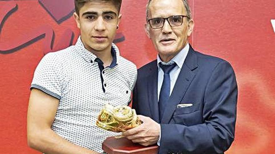 David Novoa, galardonado con la Bota de Oro de la Federación