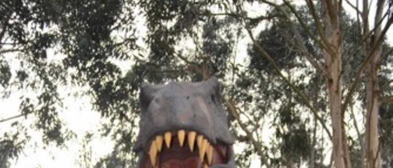 Los dinosaurios toman Colunga