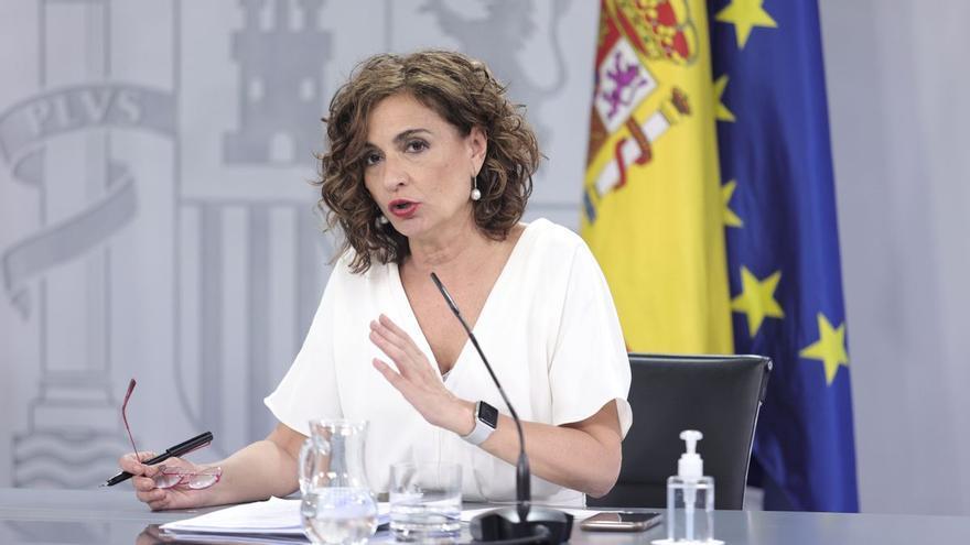 Hacienda transferirá a las comunidades 3.000 millones de euros por el impacto del IVA de 2017