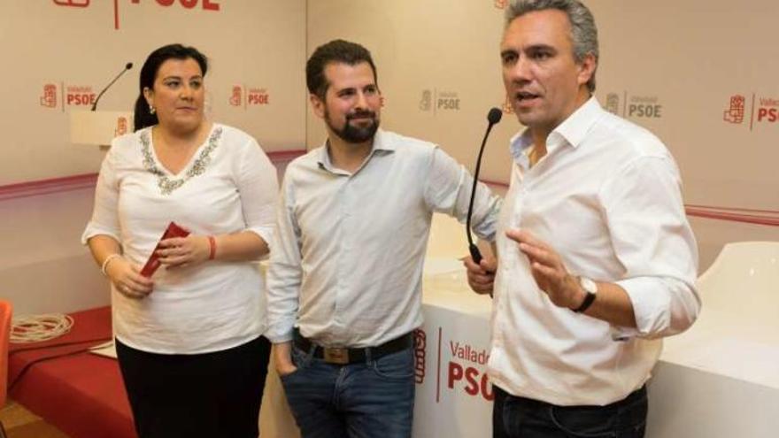 """Tudanca se presentará a la reelección y no ve """"derrotados"""" en el PSOE"""