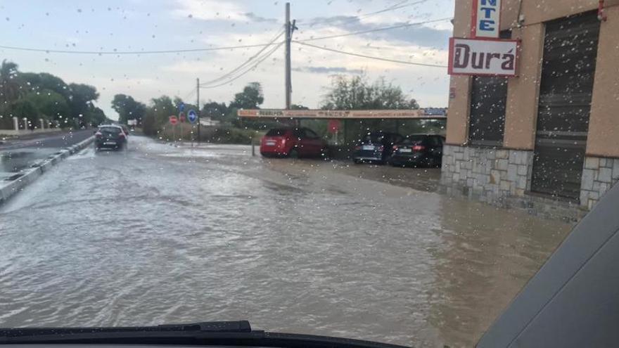 Adiós a las inundaciones en Los Palmerales y en los accesos a la carretera de Santa Pola