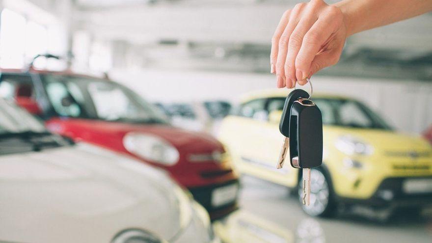 El mercado del automóvil se recupera en Canarias gracias a coches de alquiler