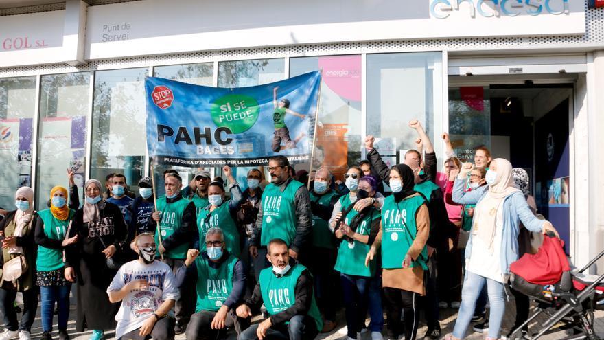 La PAHC Bages exigeix a Endesa la instal·lació de comptadors socials de forma urgent