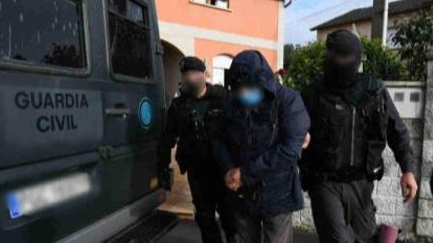Diez detenidos en Galicia en un golpe al narcotráfico vinculado a un clan de Poio