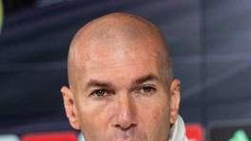 James, Asensio y Mariano, única bajas de Zidane