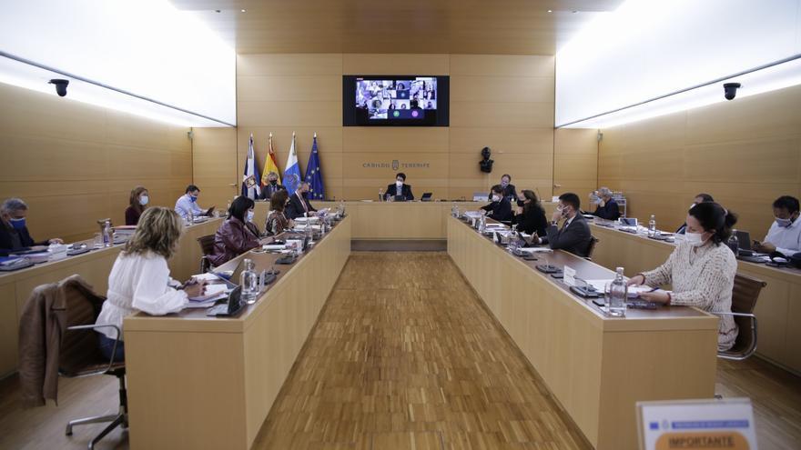 """La auditoría de las empresas del Cabildo de Tenerife revela el """"incumplimiento flagrante"""" de la ley de contratos"""
