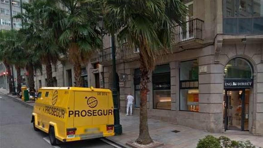Detenido al intentar robar una saca de 250.000 euros en un furgón blindado