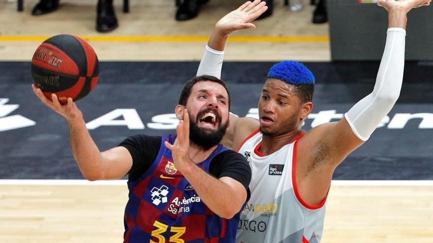 El coronavirus obliga a aplazar los partidos de Barça y Madrid