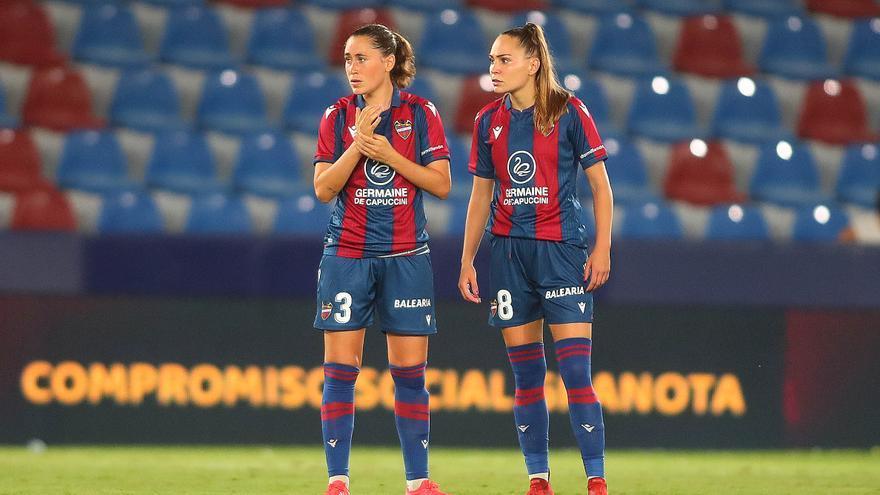 La amenaza de huelga planea de nuevo sobre el fútbol femenino