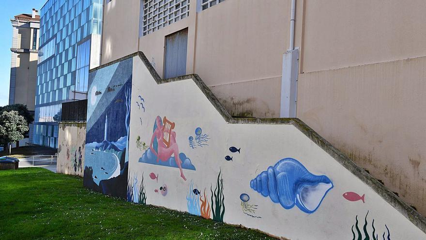 A obra de Lugrís mira ao mar desde As Percebeiras