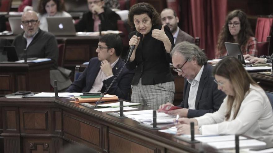 """Santiago, sobre el escándalo del IMAS: """"El problema no se arregla con mi dimisión"""""""