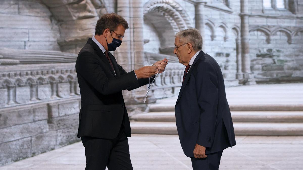 El presidente de la Xunta durante la entrega de las Medallas Castelao.