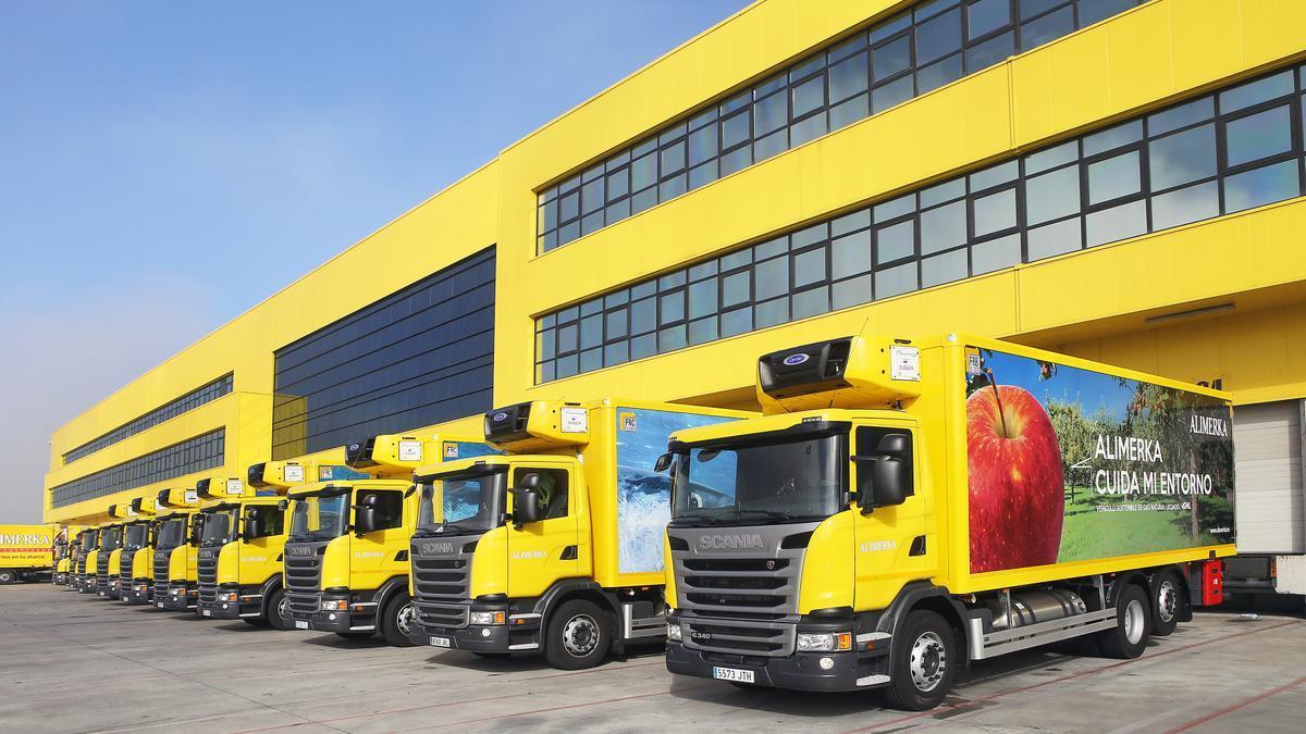 Flota de camiones y furgonetas eléctricas de Alimerka.