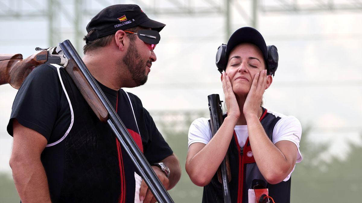 Fátima Gálvez y Alberto Fernández, en el campo de tiro de Tokio durante la final.