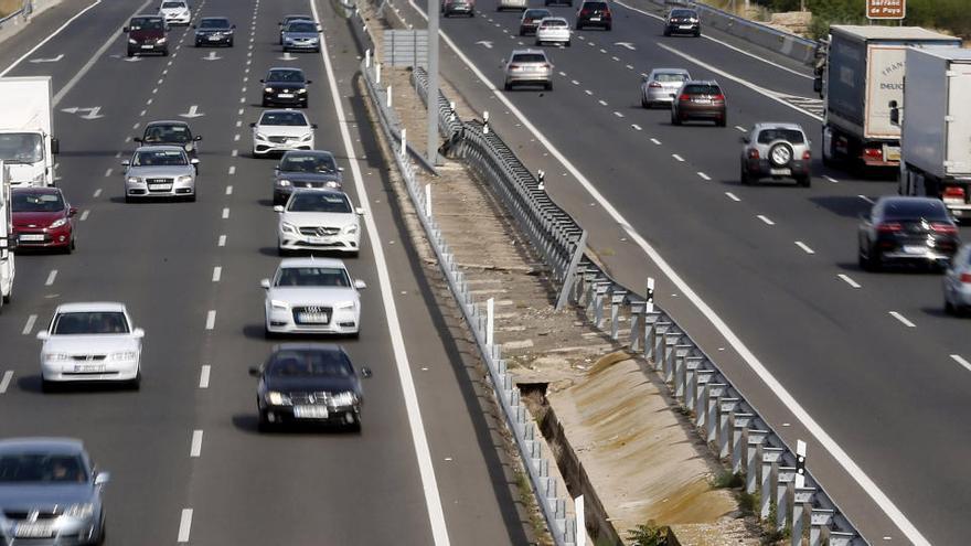 El Consell fijará un impuesto verde para los vehículos  contaminantes en 2023