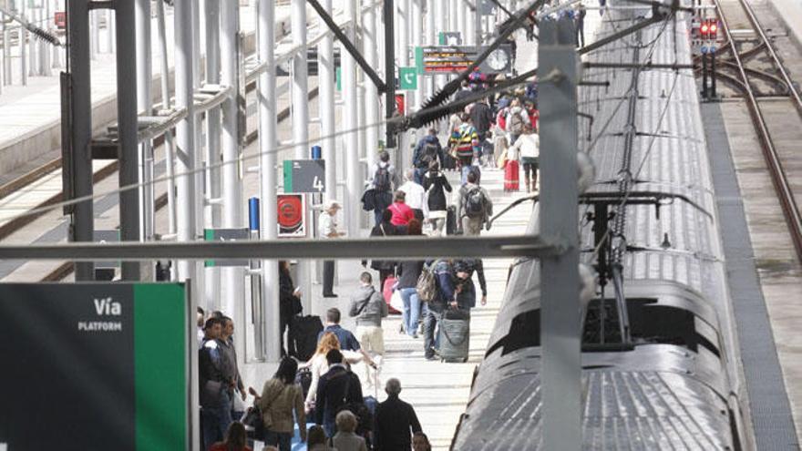 Málaga, laboratorio para la implantación del 5G en estaciones de viajeros