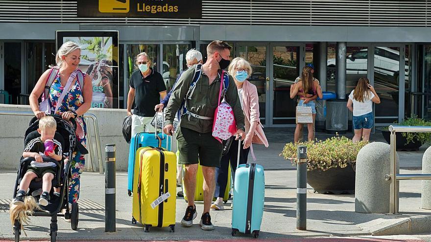 El aeropuerto de Ibiza vuelve a batir récords de tráfico pese a la crisis sanitaria