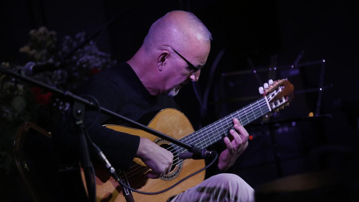 Armando Orbón.