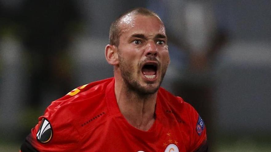 Sneijder, detenido en Holanda por causar daños en un coche cuando estaba ebrio