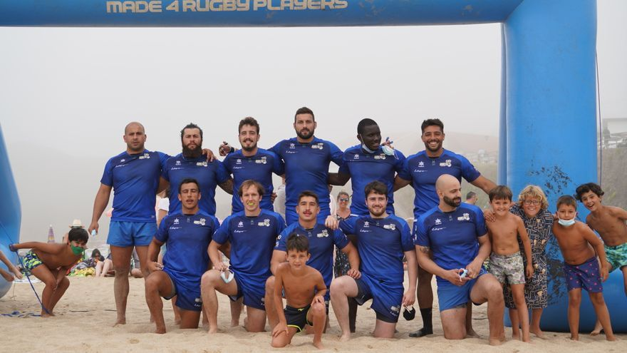 Así reina el rugby asturiano en la arena