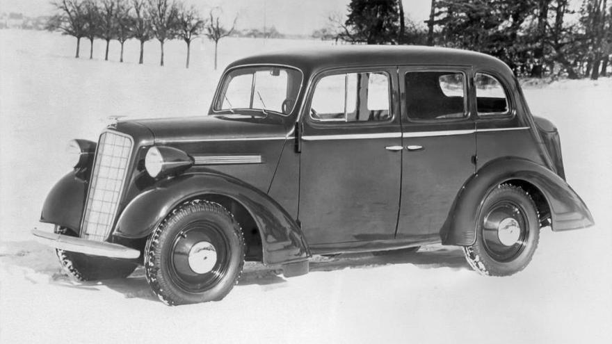 ¿Sabes cómo ha cambiado el logotipo de Opel a lo largo de su historia?