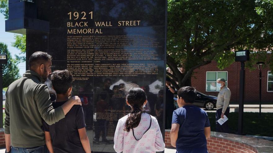 Cien años después, EEUU desentierra la verdad de la masacre racial de Tulsa