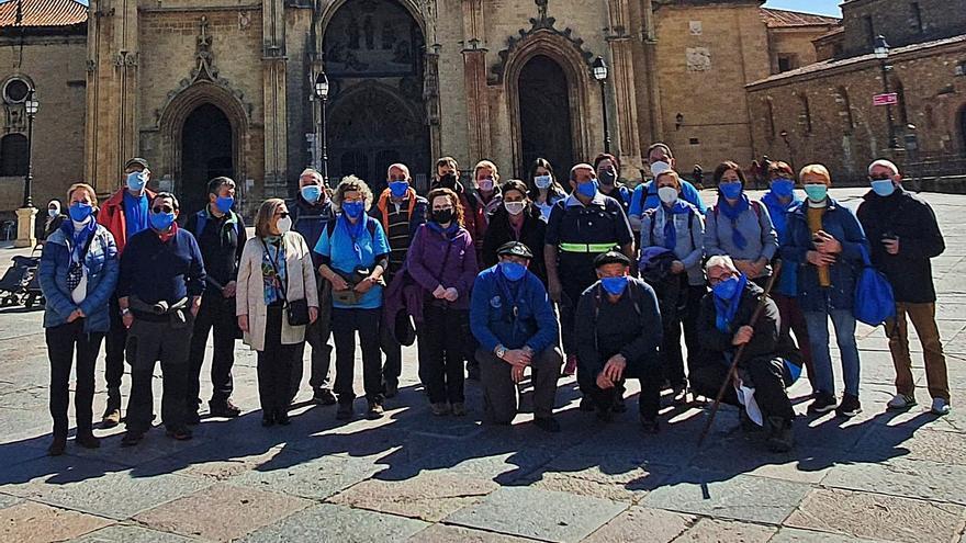 Un grupo de Siero realiza la etapa La Pola-Oviedo del Camino de Santiago