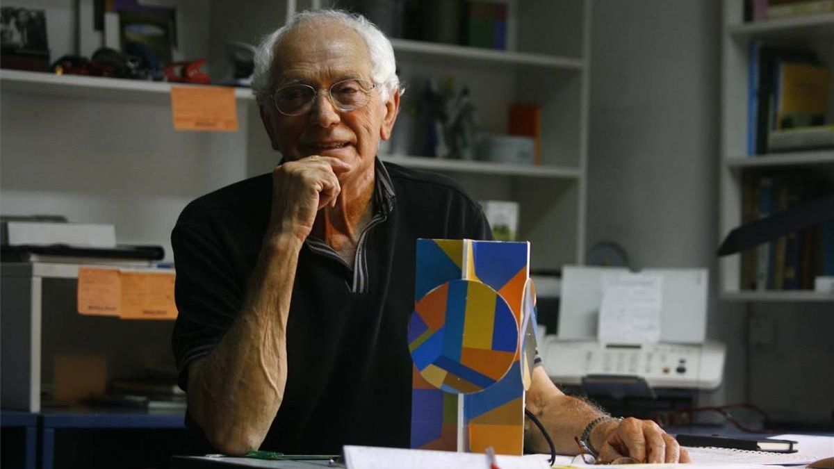 "La UAVA traslada su ""profundo dolor"" por la muerte del arquitecto cordobés Juan Serrano"