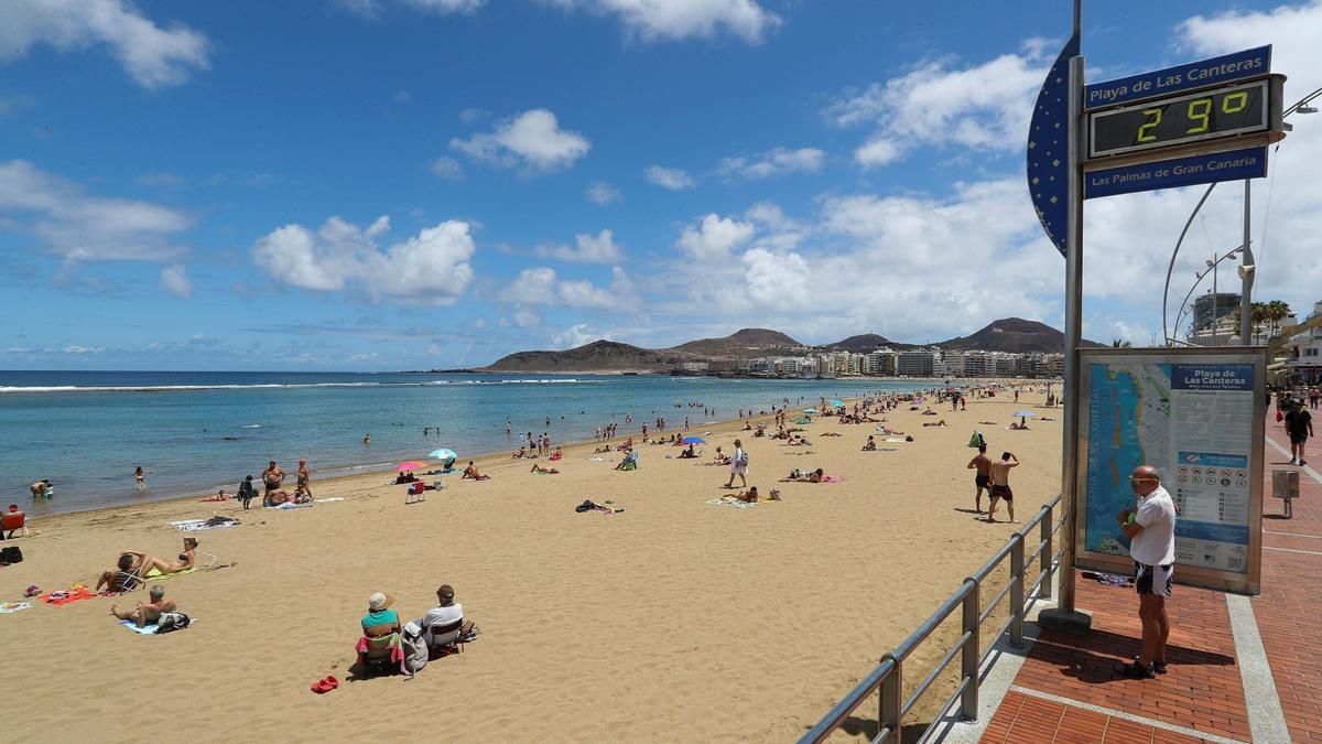 Canarias y Madrid lideran la lista de los destinos más deseados por los viajeros estas navidades