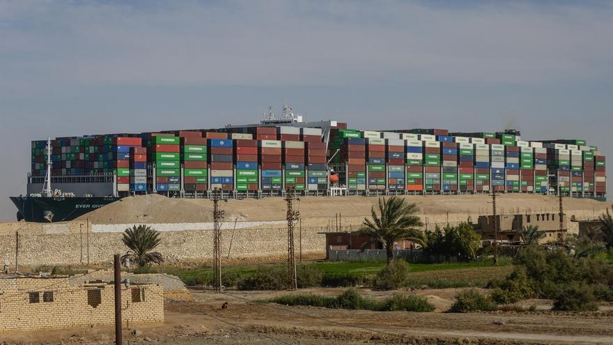 Egipto planea reformar tramos del Canal de Suez tras el encallamiento del buque Ever Given