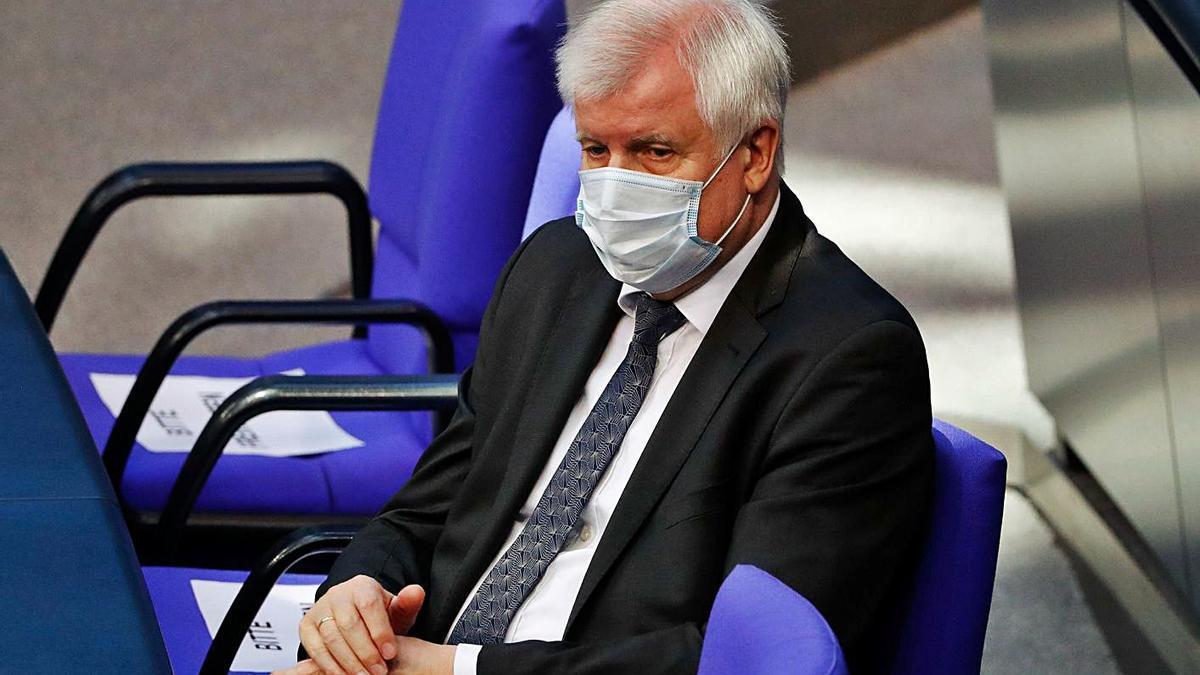 El ministro de Interior alemán, Horts Seehofer, partidario de eliminar los viajes internacionales.