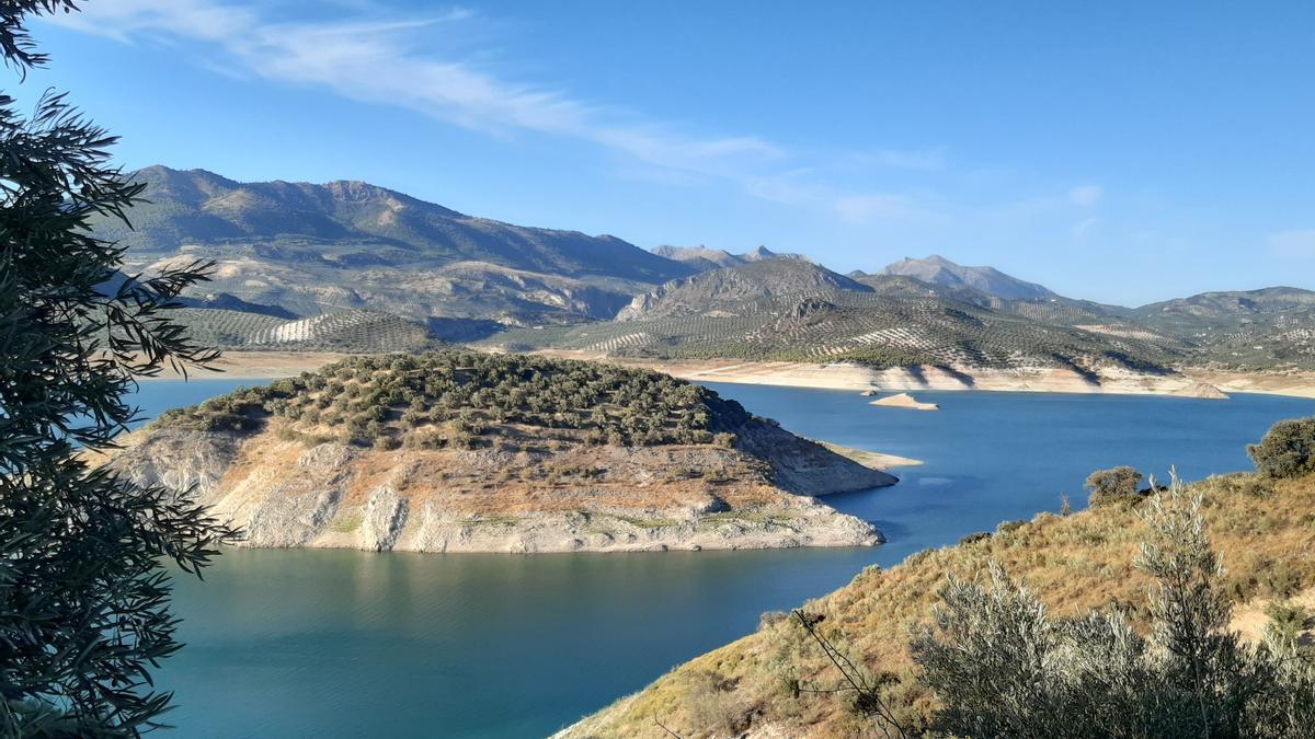 Imagen del pantano de Iznájar.