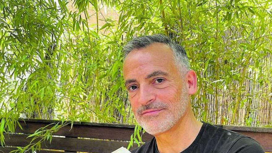 Tony Gratacós: «Canarias era un contubernio político y de espionaje en  el siglo XVI»