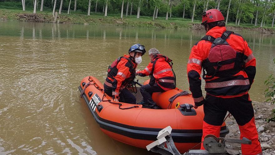 Es reprèn la recerca de la persona desapareguda al riu Gurri a Vic després de la baixada del nivell de l'aigua