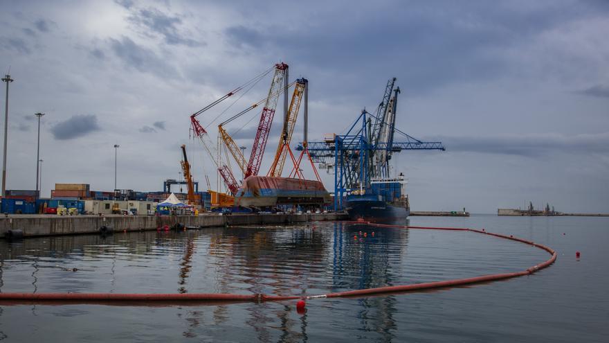 Más de cinco semanas para hallar al estibador desaparecido en el accidente del puerto de Castelló