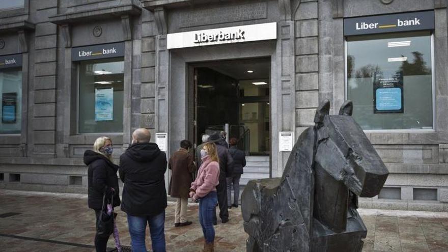 Los consejos de Liberbank y Unicaja Banco aprueban la fusión, que podría entrar en vigor en junio