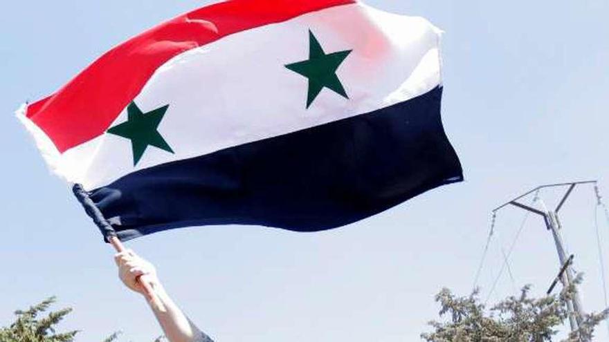 """Damasco negociará con los kurdos una hoja de ruta para una Siria """"descentralizada"""""""