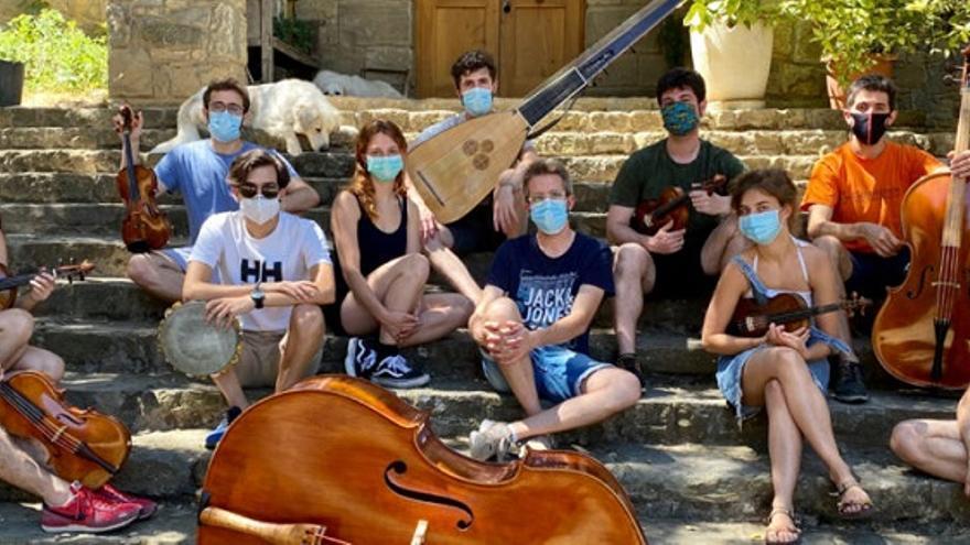 Katharsis Ensemble -Brindando la Nota - Laurentis