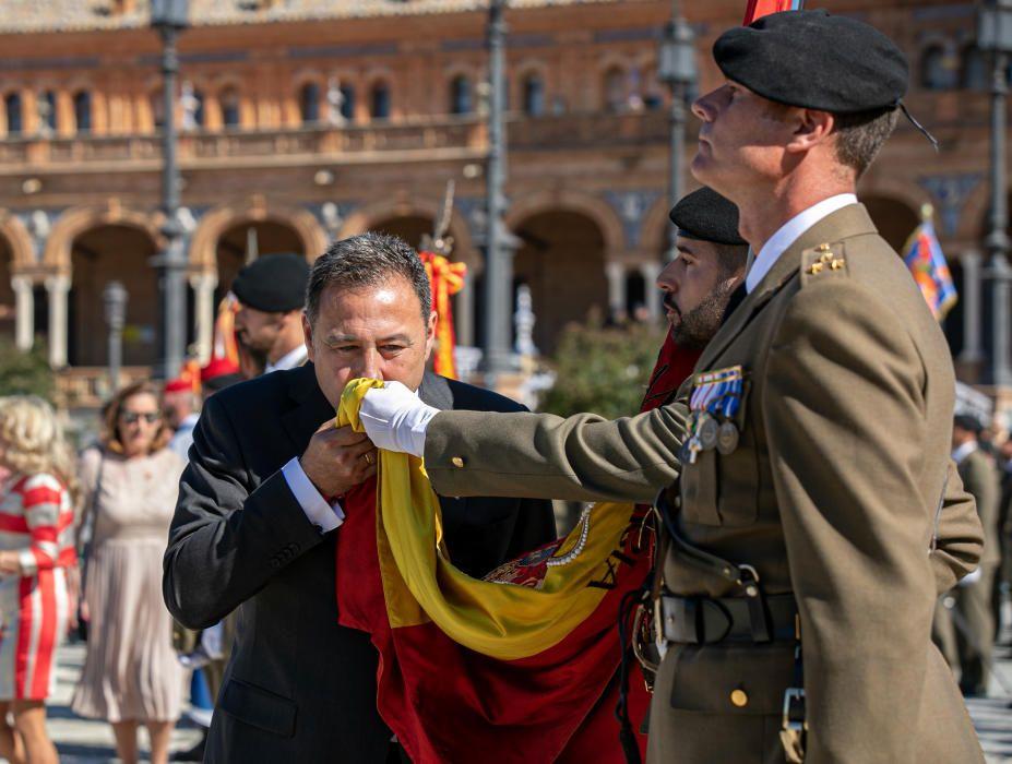 Jura de bandera civil en Sevilla.