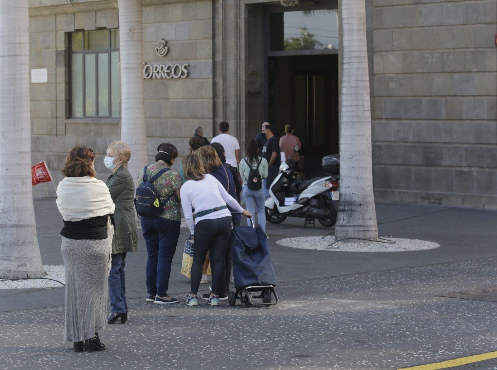Colapso de Correos en Tenerife