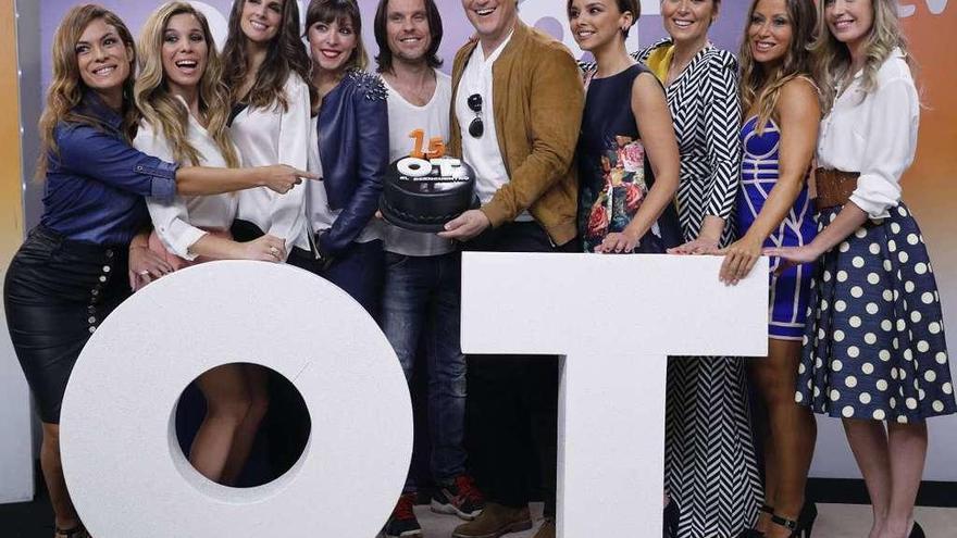 Bustamante, Manu Tenorio y Nuria Fergó, en una gala especial de 'OT'