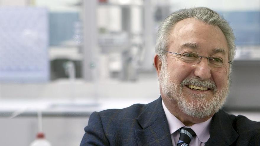 La terapia celular de Bernat Soria reduce del 85 al 15% las muertes en casos graves de covid-19