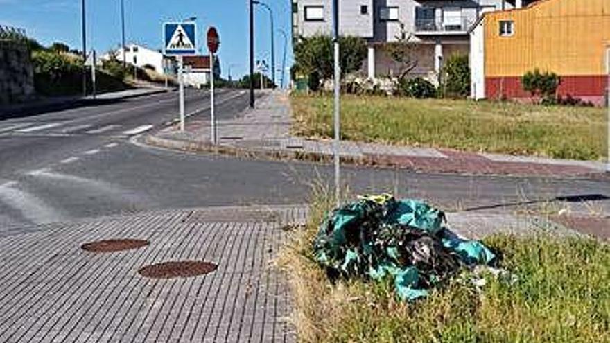 Lalín destina casi 26.000 euros a desbroces para la prevención de fuegos y en viales