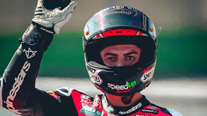 Di Giannantonio supera a Álex Márquez en Moto2