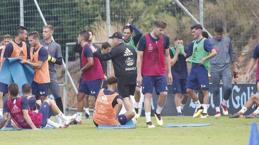 El Celta aparta a Jonny y Sergi Gómez