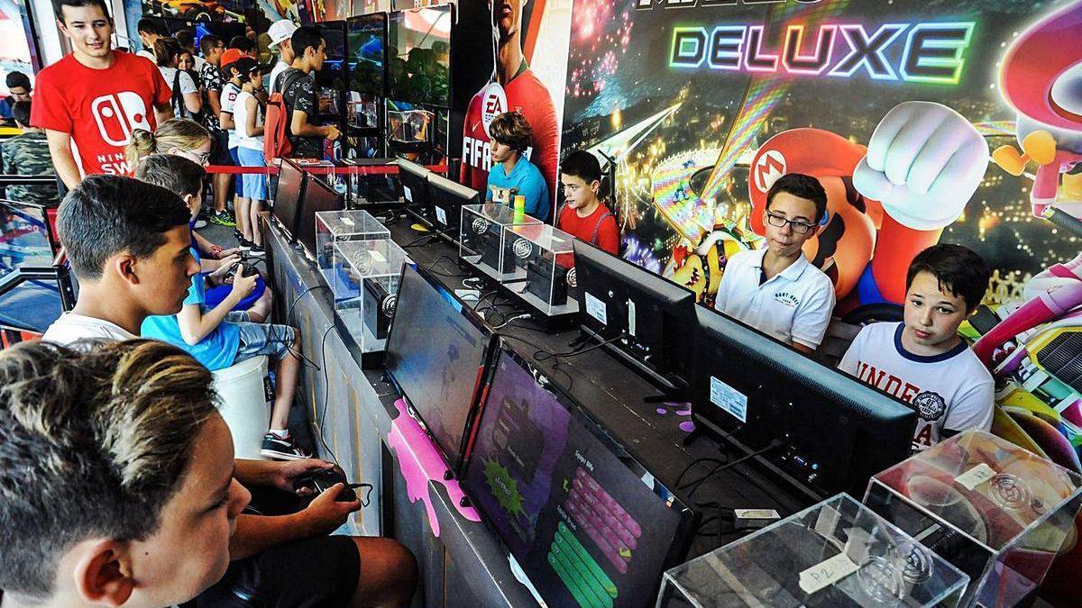 Robótica, videojuegos y animación en el verano de Valga